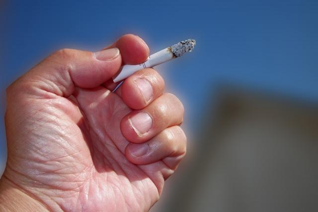タバコの臭いを簡単・効果的に消臭する方法!正しい対策でスメハラ予防