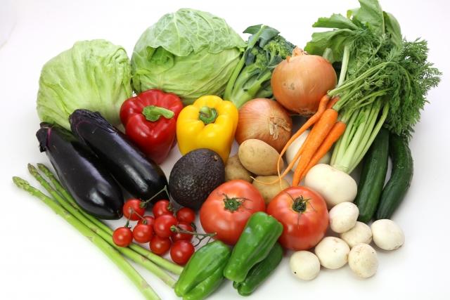 生臭い息につながる歯周病の原因②食生活