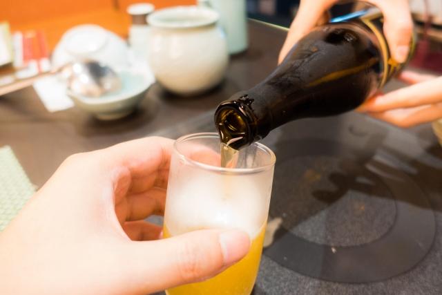 過度な飲酒は加齢臭を悪化させる原因に・・