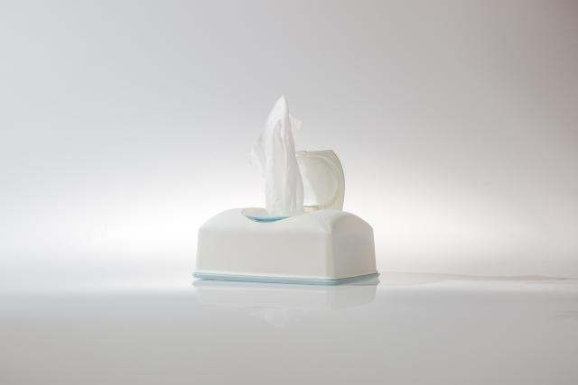 耳の臭いを予防する方法②イヤホンを掃除すること