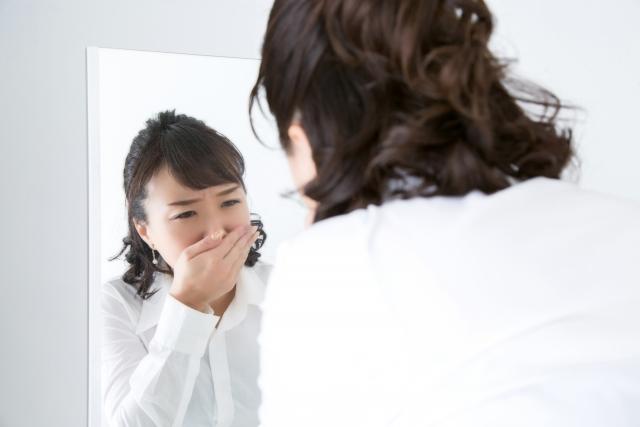 鼻から生臭い臭いがする場合、蓄膿症の可能性も・・